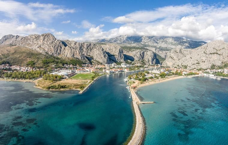 The town of Omis